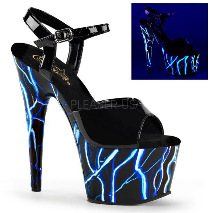 Zwarte dansschoenen met blauwe bliksem die reageren in UV licht