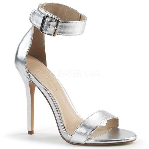 AMUSE-10 Zilveren PU sandaal met hoge naaldhak.